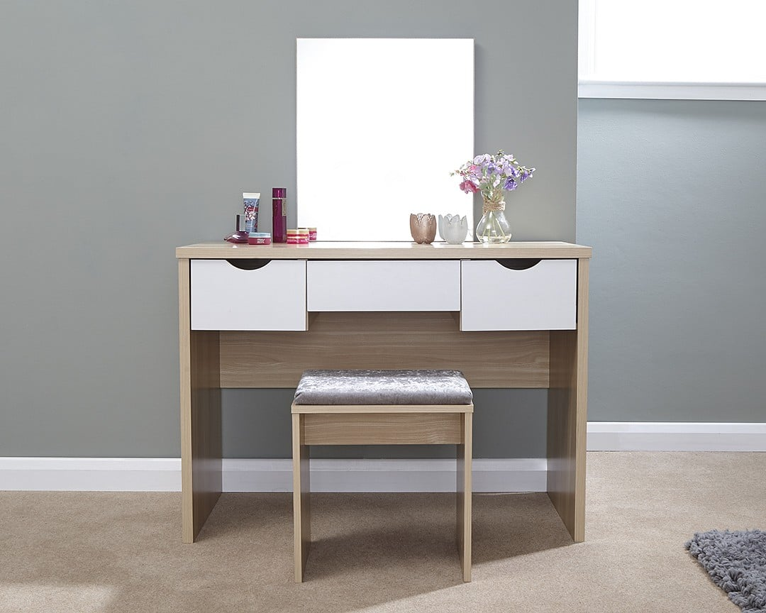 Open Lightbox & Lizzy Dressing Table Set - BigMickey.ie