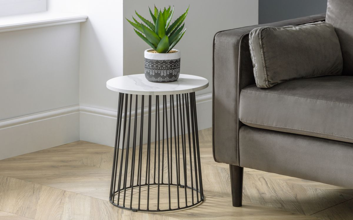 broadway-lamp-table-roomset