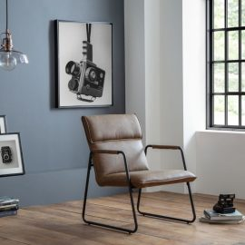 gramercy-chair-roomset