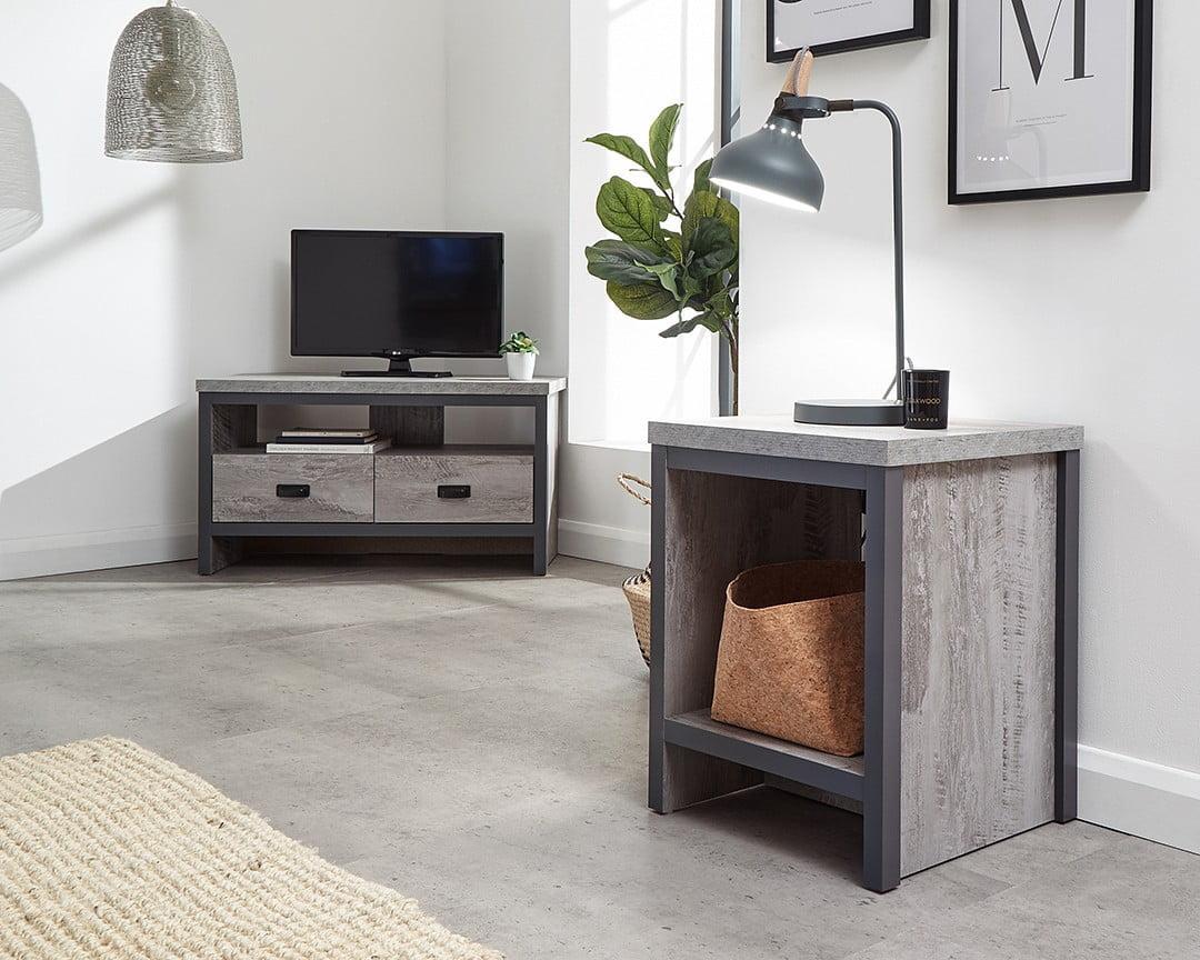 bosie-simple-lamp-table
